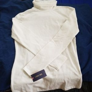 BNWT white turtleneck